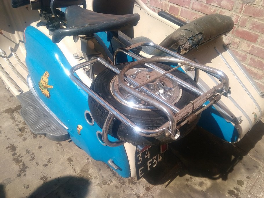 VERY NICE 125 LD LAMBRETTA WITH STEIB LS200 SIDECAR  1957  For Sale (picture 6 of 6)