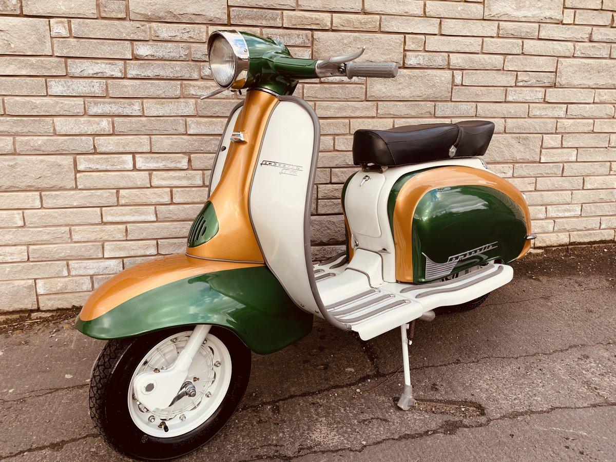 1960 Lambretta li125 /185cc Italian scooter fully restored For Sale (picture 1 of 6)
