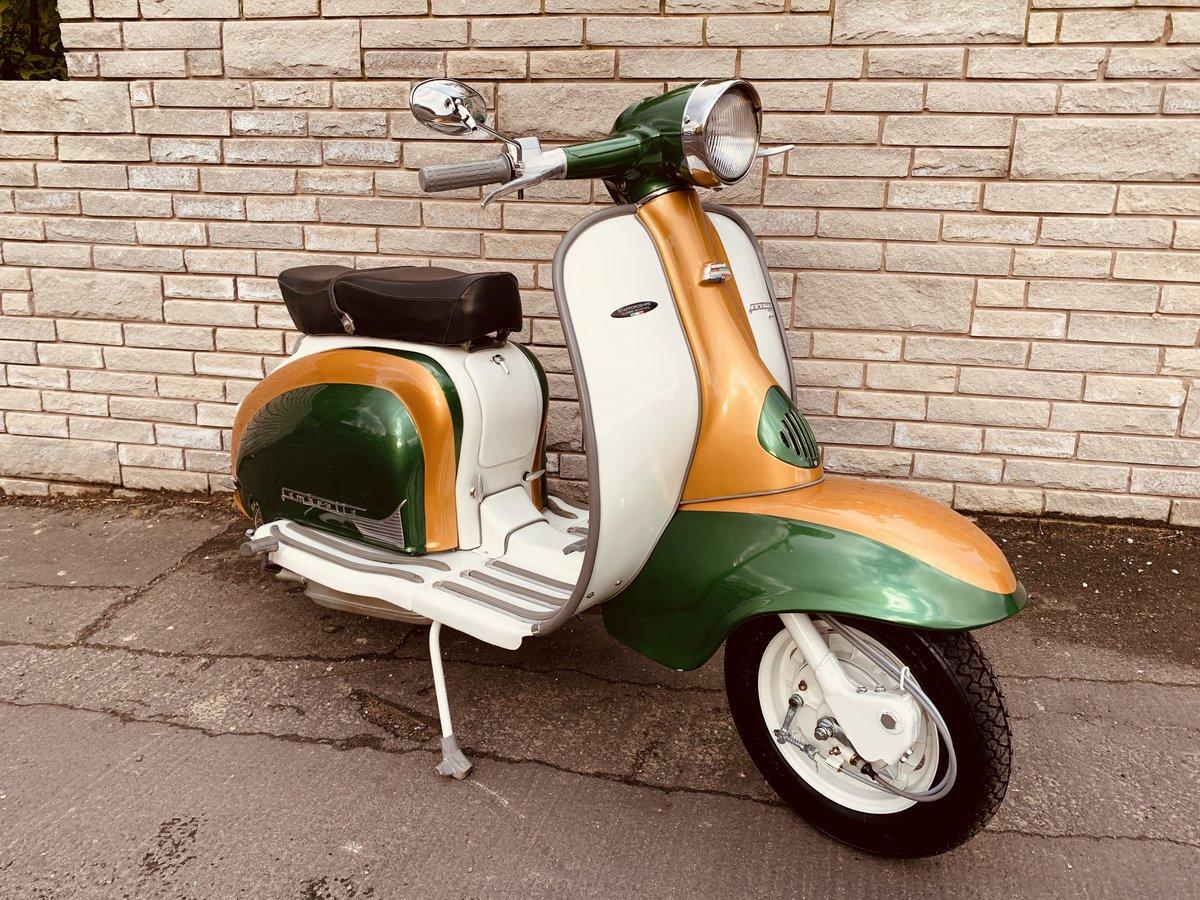 1960 Lambretta li125 /185cc Italian scooter fully restored For Sale (picture 2 of 6)