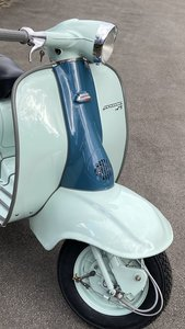 superb lambretta Series 2 TV175