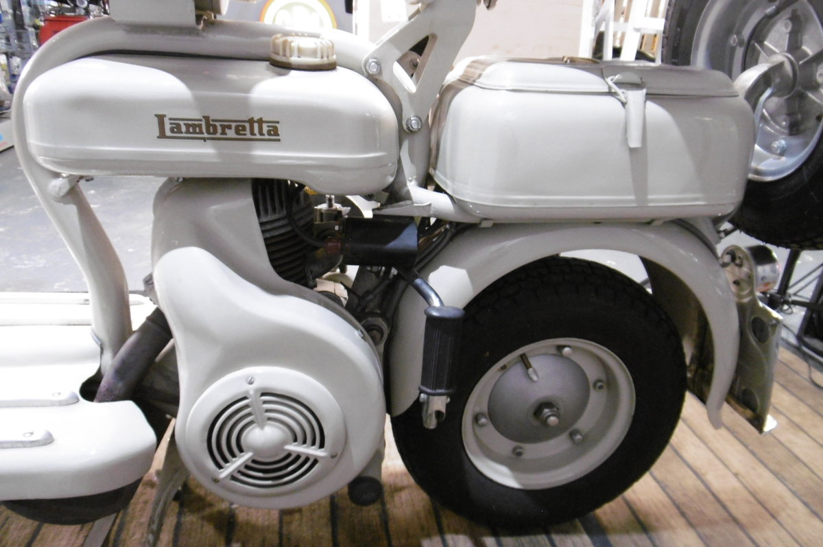 1957 D150  Full restoration one owner from new  For Sale (picture 3 of 6)