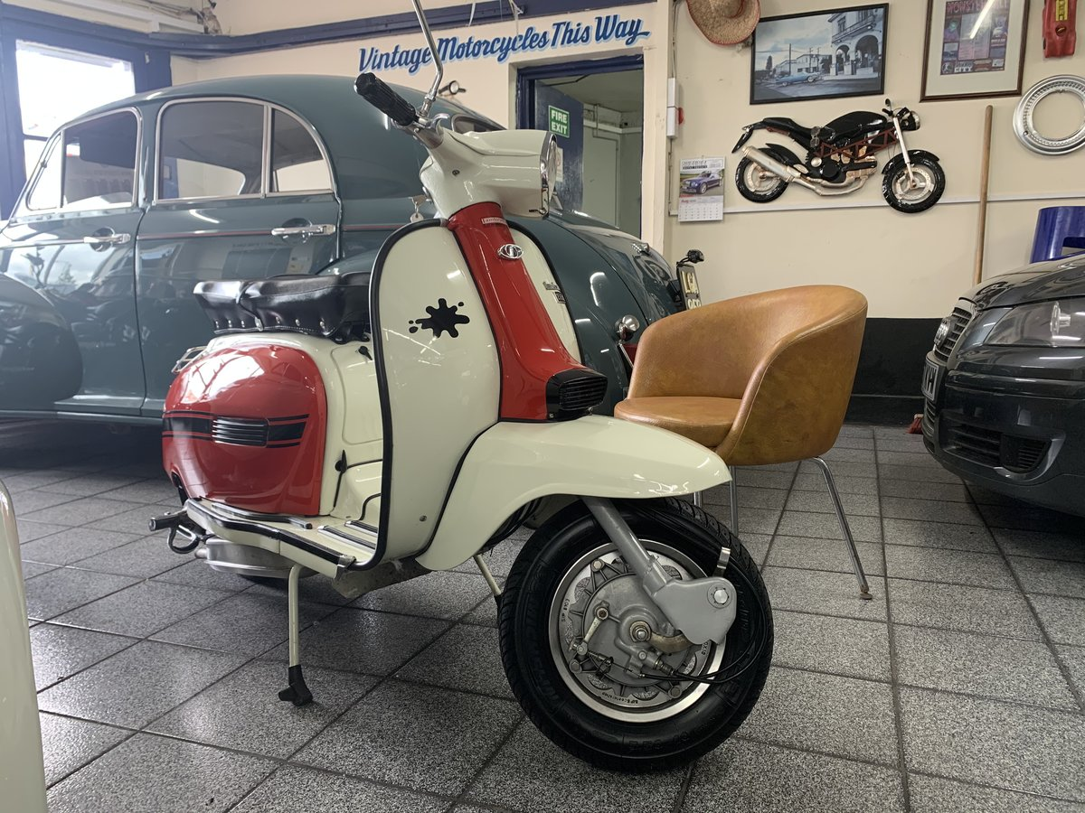 1970 Rare! Italian 150 DL (GP For Sale (picture 1 of 6)