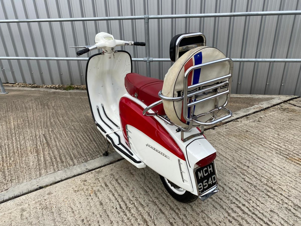 1966 An Italian built Lambretta LI150 Special SOLD (picture 4 of 6)