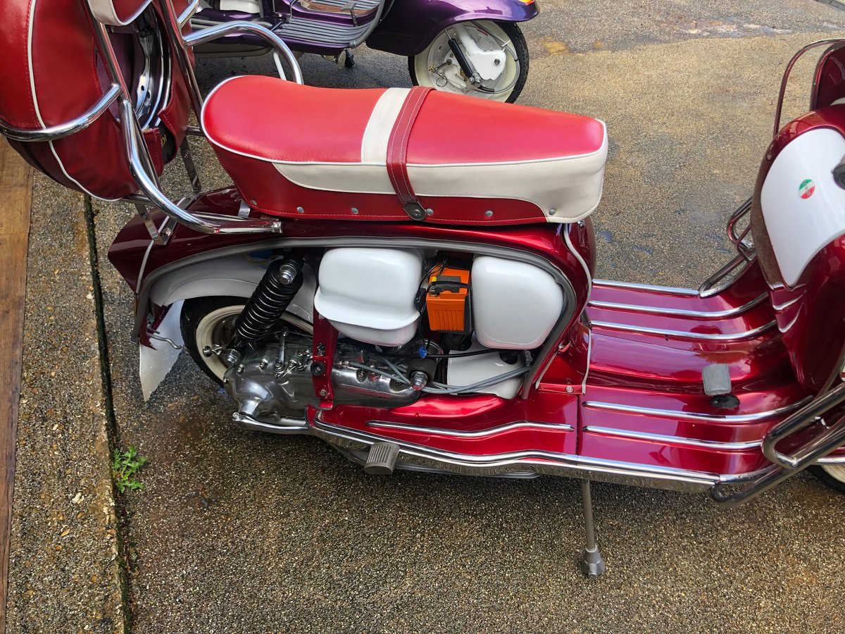 1966 Stunning Li 150 Special Fully Restored For Sale (picture 5 of 6)
