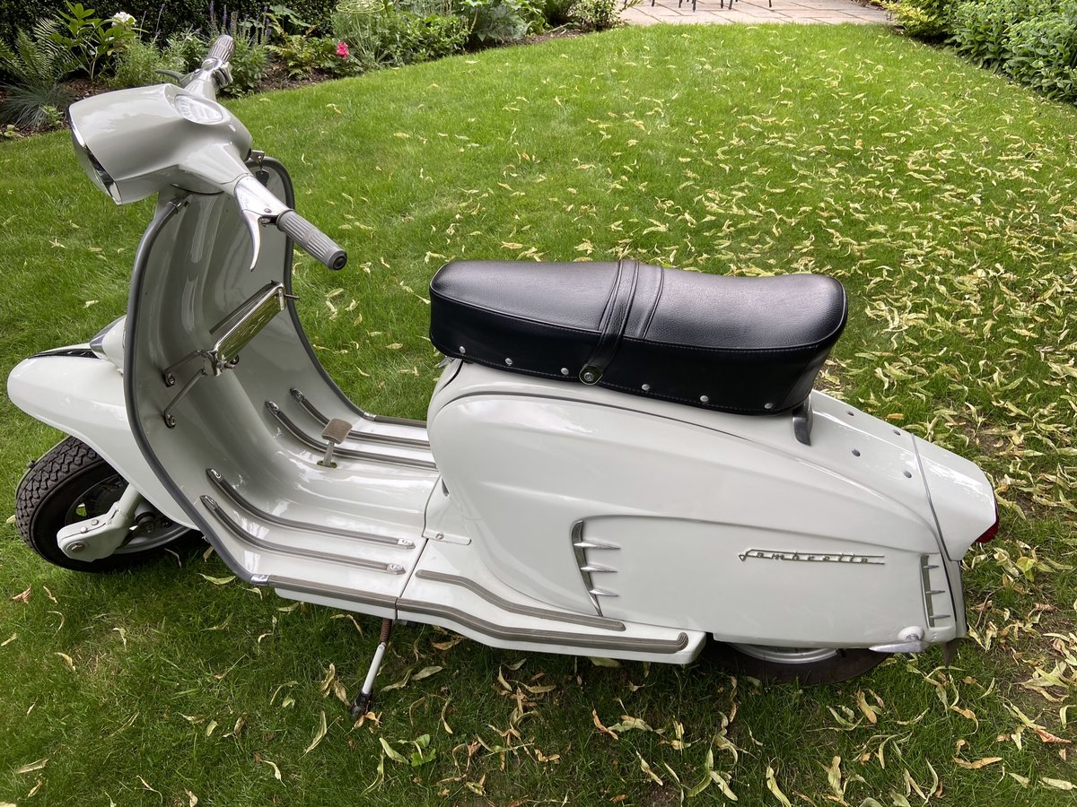 1967 Superb restored italian lambretta sx150 For Sale (picture 2 of 6)