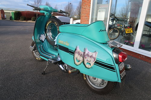 1969 Italian Lambretta GP125 Scooter Customised 190cc For Sale (picture 2 of 6)
