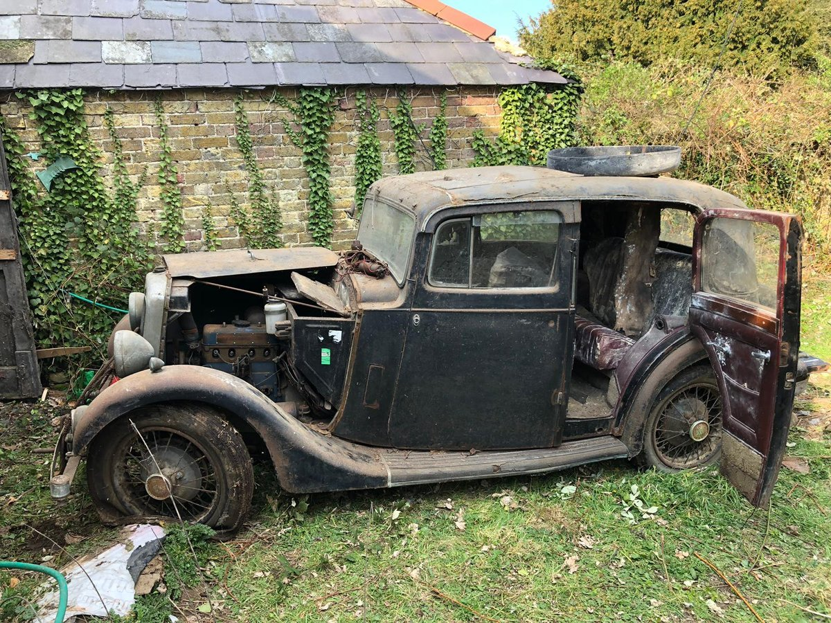 1936 Barn find Lanchester 10 for Auction Friday 12th July  SOLD by Auction (picture 1 of 6)