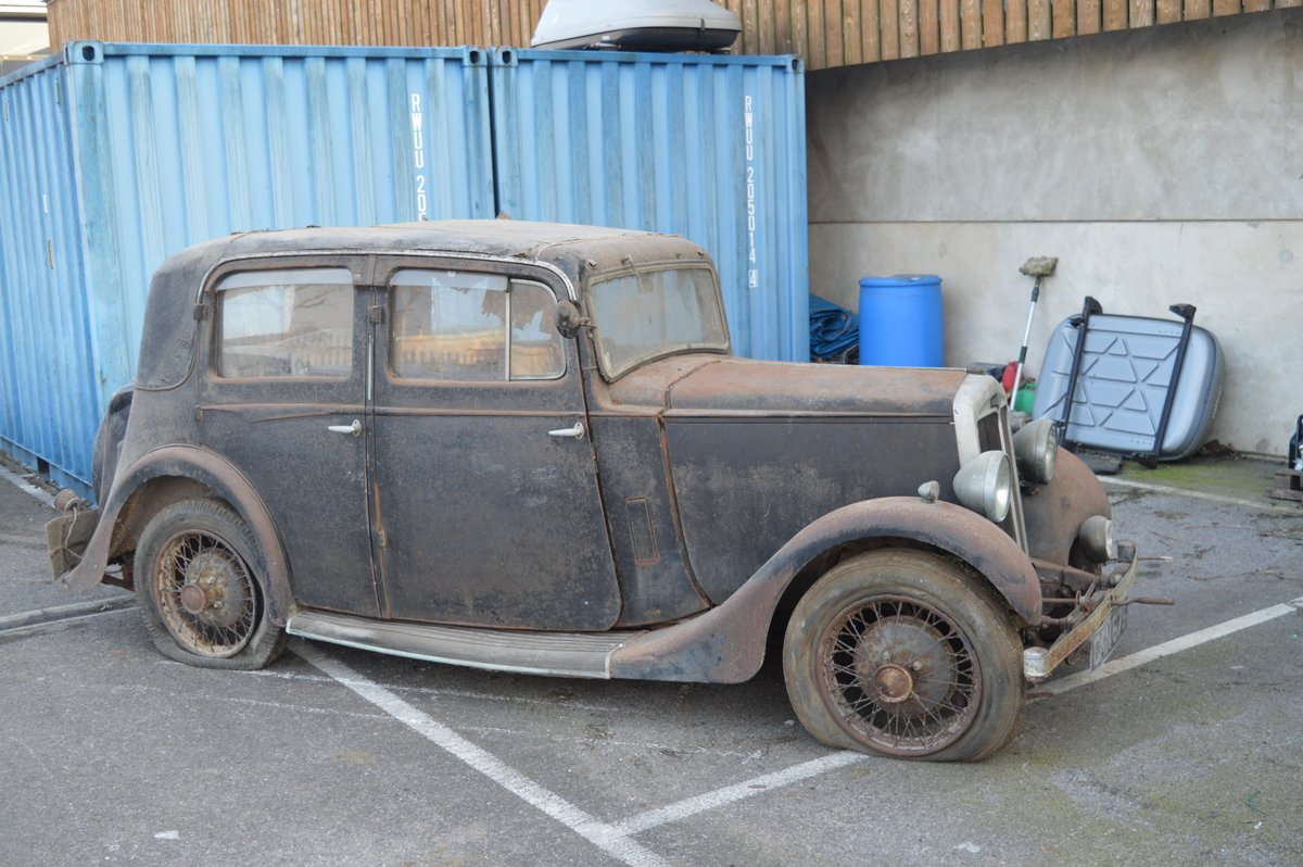 1936 Barn find Lanchester 10 for Auction Friday 12th July  SOLD by Auction (picture 4 of 6)