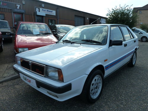 1990 LANCIA DELTA HF TURBO IE Stunning, Martini Stripes For Sale (picture 2 of 6)