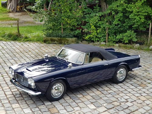 1961 Lancia Flaminia 2.5 1C Touring Convertible For Sale (picture 5 of 6)
