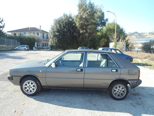 1989 Lancia Delta 1.3 Lx For Sale (picture 4 of 6)