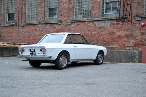 1968 Lancia Fulvia Series I SOLD (picture 2 of 6)