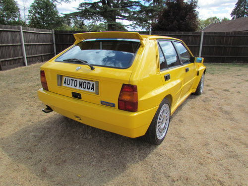 1994 Lancia Delta Integrale EvoII Giallo Ginestra SOLD (picture 2 of 6)