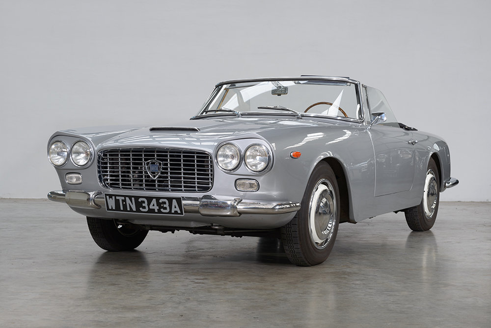 1960 Lancia Flaminia GT Convertible by Touring SOLD (picture 2 of 5)