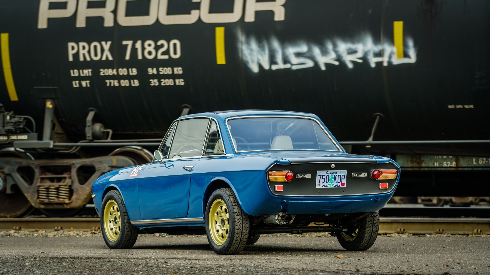 1974 Lancia Fulvia 1.3S = Blue Driver 5 speed 9k miles $23k For Sale (picture 3 of 6)