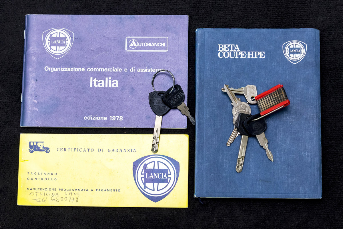 1979 Lancia Beta Hpe*Only 20.800 km*1 owner *Collector conditions SOLD (picture 6 of 6)
