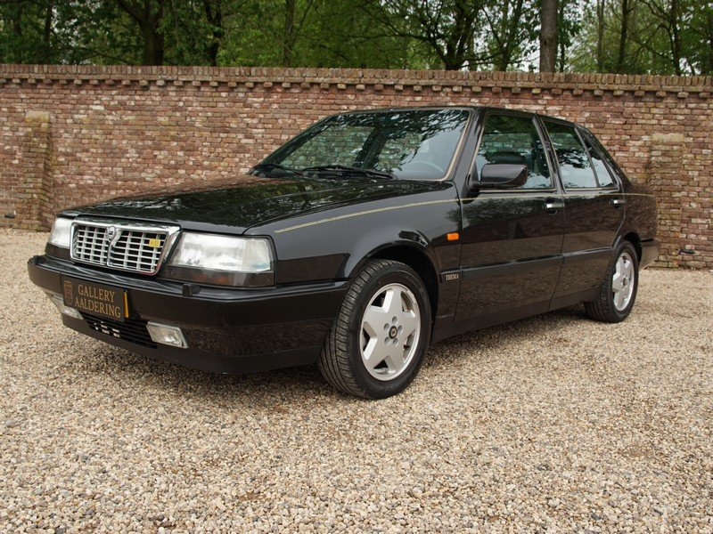 1991 Lancia Thema 8.32 Ferrari V8 only 121.573 km, only 1.167 mad For Sale (picture 1 of 6)