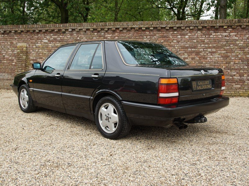 1991 Lancia Thema 8.32 Ferrari V8 only 121.573 km, only 1.167 mad For Sale (picture 2 of 6)