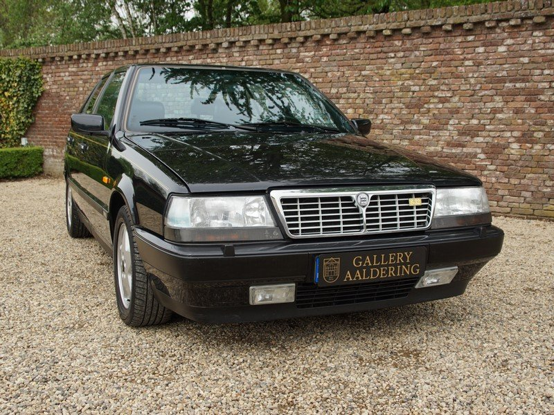 1991 Lancia Thema 8.32 Ferrari V8 only 121.573 km, only 1.167 mad For Sale (picture 5 of 6)