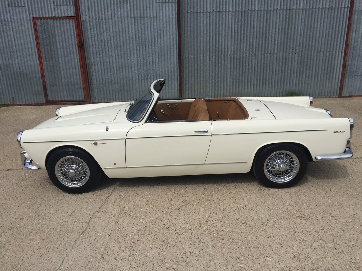 Stunning 1960 Lancia Appia Cabriolet by Vignale For Sale (picture 2 of 6)