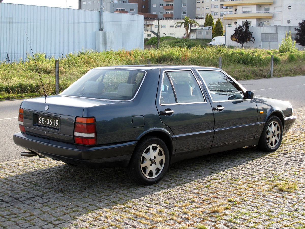 1989 Lancia Thema 2000 Turbo IE 16V SOLD (picture 2 of 6)