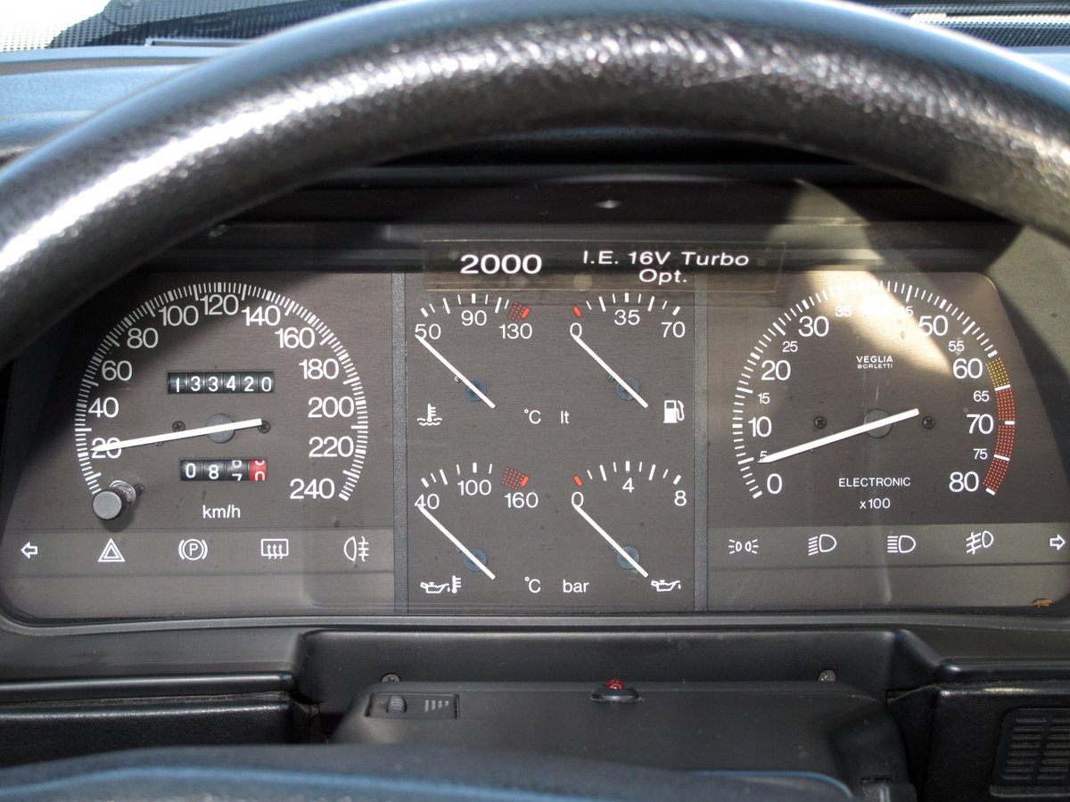 1989 Lancia Thema 2000 Turbo IE 16V SOLD (picture 4 of 6)