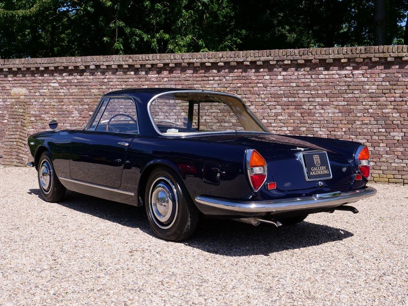 1966 Lancia Flaminia GTL 2.8 3C Touring Coupe only 300 made For Sale (picture 2 of 6)