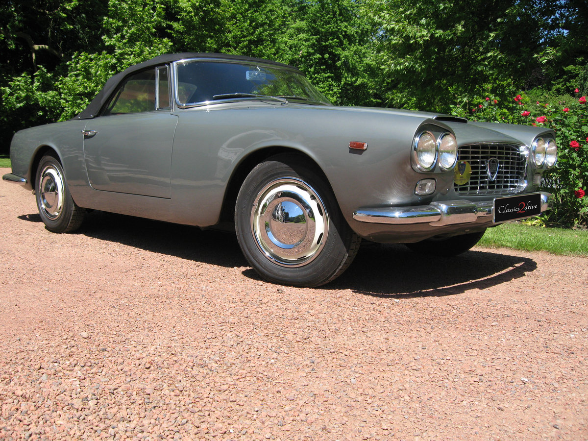1961 Stunning Lancia Flaminia GT Cabriolet 1C 2.5 liter For Sale (picture 5 of 6)