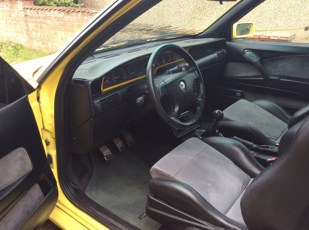 1998 Lancia Delta  2.0 ie HPE HF Turbo For Sale (picture 4 of 6)