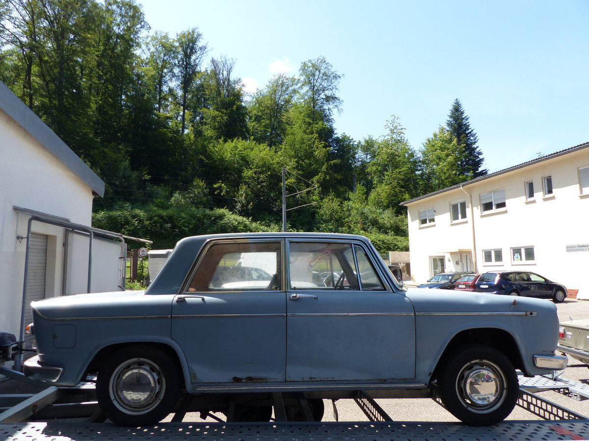 1968  Lancia Fulvia GT 1200 Sedan project-car For Sale (picture 3 of 6)