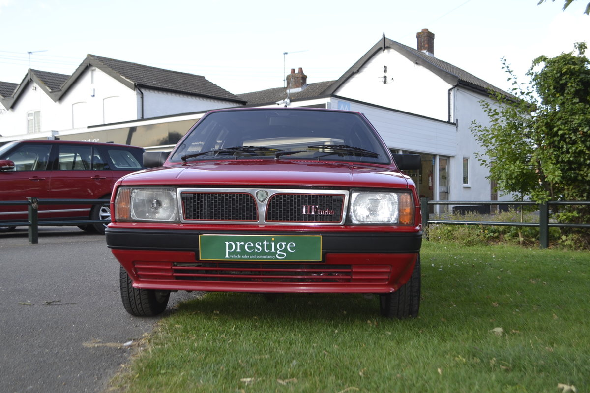 1988 Lancia Delta HF Turbo IE For Sale (picture 4 of 8)