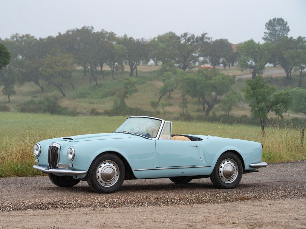 1956 Lancia Aurelia B24S Convertible by Pinin Farina For Sale by Auction (picture 1 of 6)