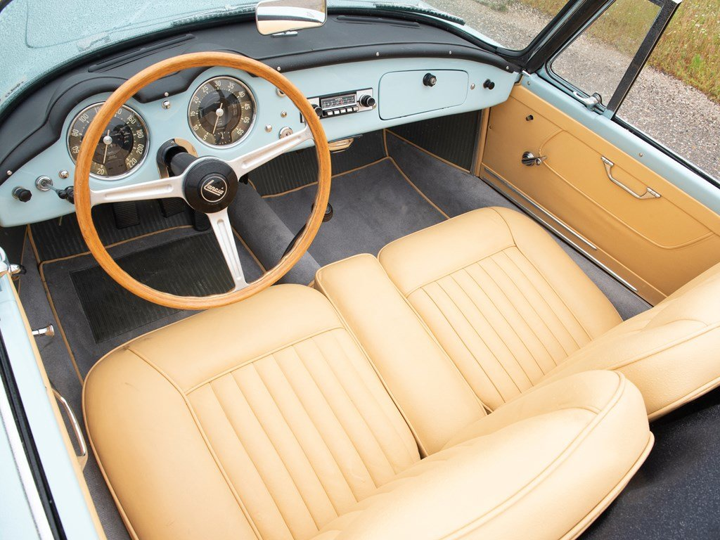 1956 Lancia Aurelia B24S Convertible by Pinin Farina For Sale by Auction (picture 4 of 6)