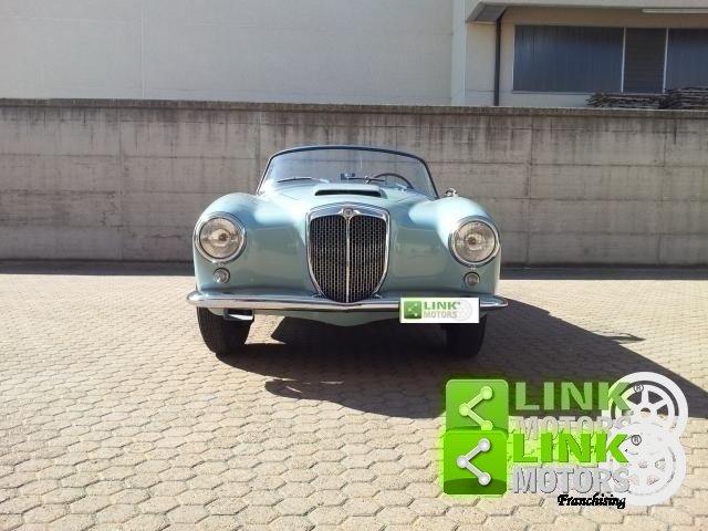 1958 LANCIA AURELIA B24 CONVERTIBILE TERZA SERIE POSSIBILITA' DI For Sale (picture 5 of 6)