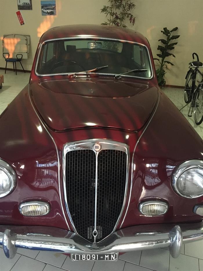 1956 Lancia aurelia b12 For Sale (picture 1 of 5)