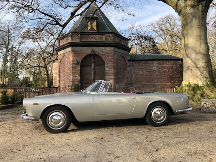 Lancia Flaminia Touring 2.5 Convertible 1961 LHD For Sale (picture 2 of 6)