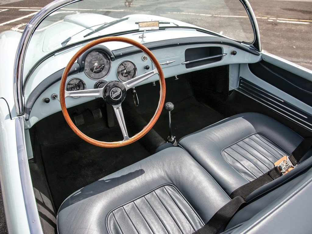 1955 Lancia Aurelia B24S Spider America by Pinin Farina For Sale by Auction (picture 4 of 6)