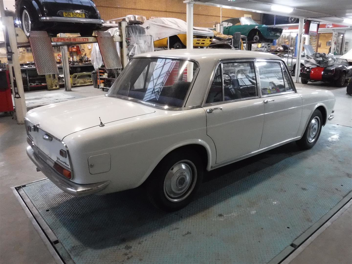 Very nice Lancia Flavia Milleotto from 1967 For Sale (picture 2 of 6)