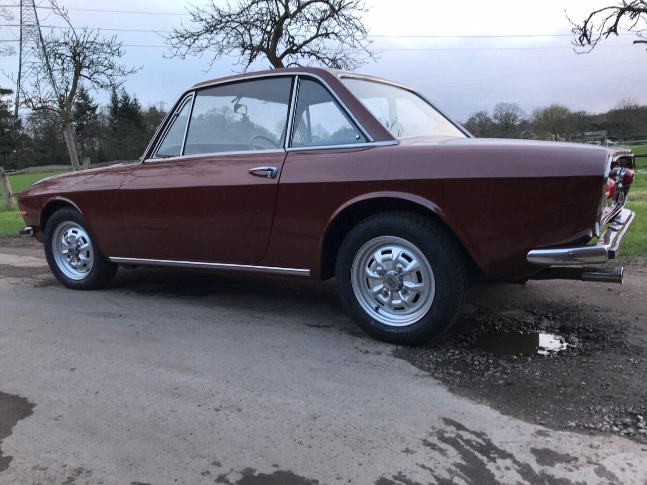 1973 Lancia Fulvia 1.3S Series 2 Right Hand Drive -5 Sp For Sale (picture 2 of 6)