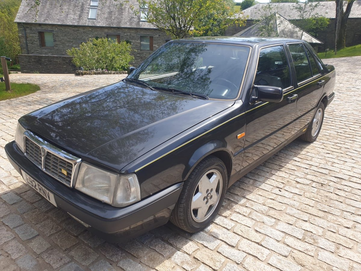 1988 Lancia Thema 8.32 For Sale (picture 2 of 6)