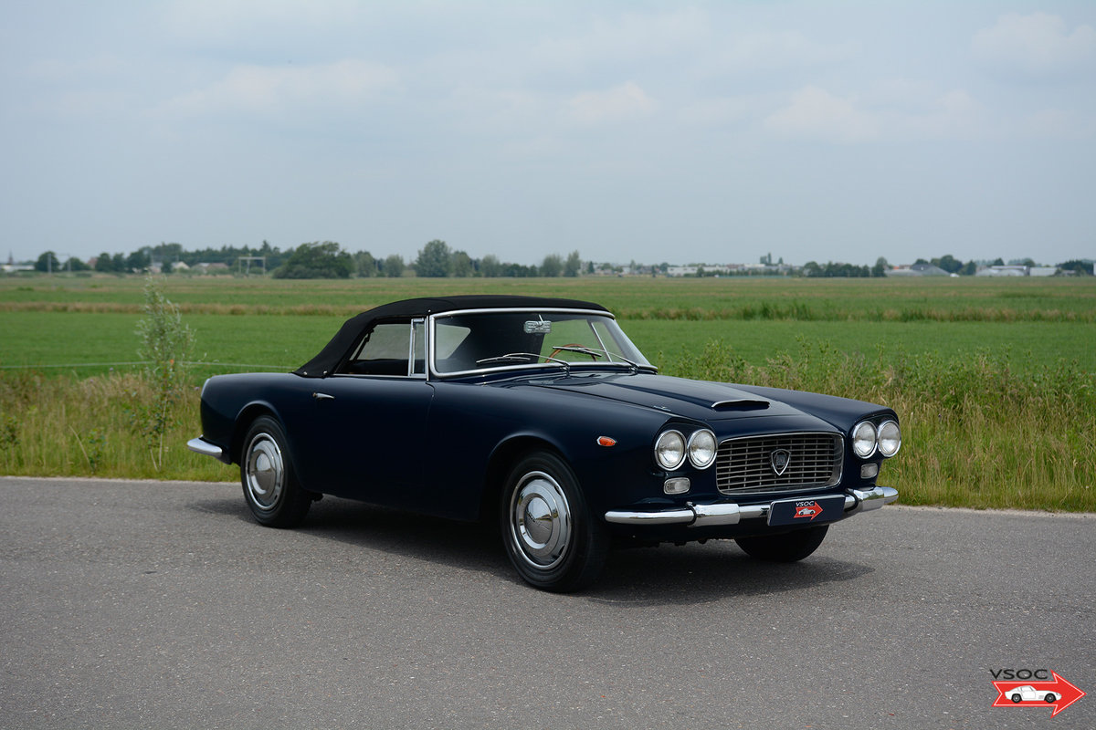 1961 Lancia Flaminia 2500 Touring Convertible - wonderful example For Sale (picture 1 of 6)