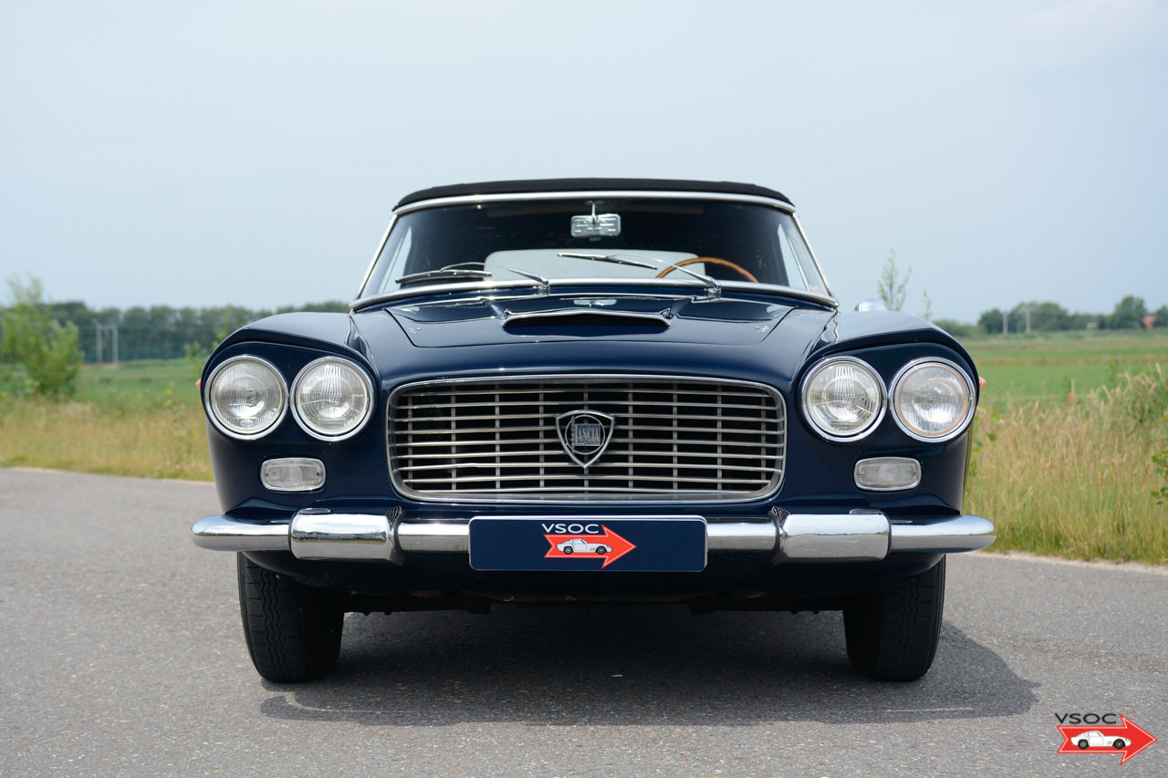 1961 Lancia Flaminia 2500 Touring Convertible - wonderful example For Sale (picture 2 of 6)