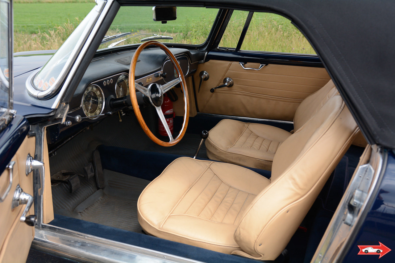 1961 Lancia Flaminia 2500 Touring Convertible - wonderful example For Sale (picture 4 of 6)