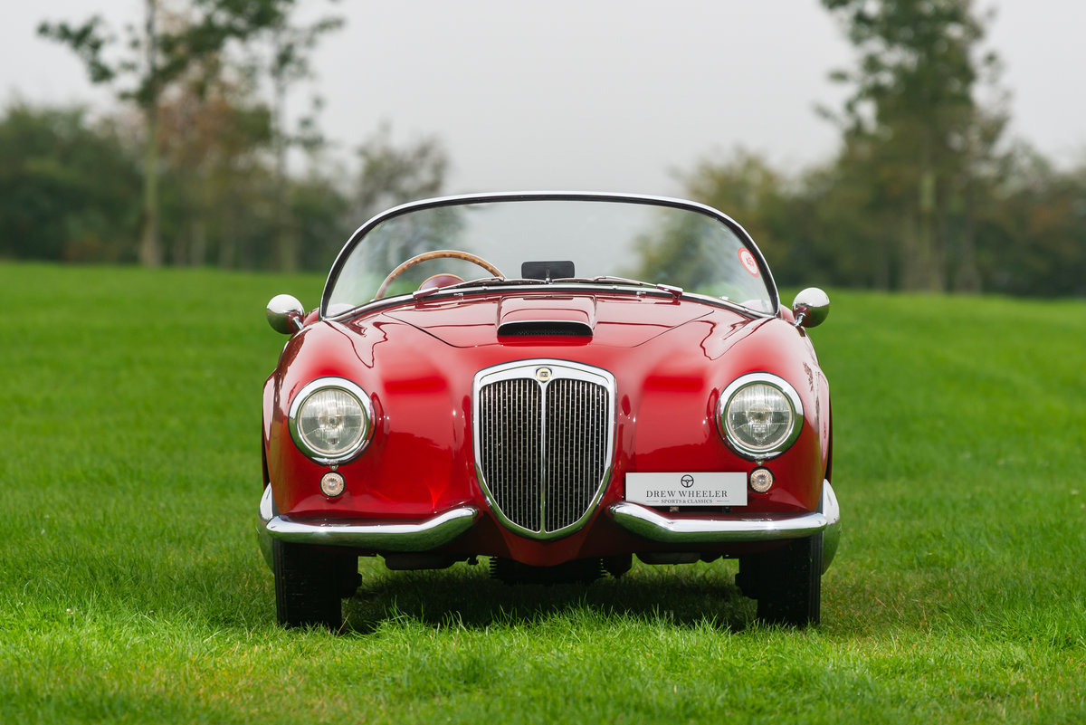 1954 Lancia Aurelia B24 Spider America RHD For Sale (picture 2 of 6)