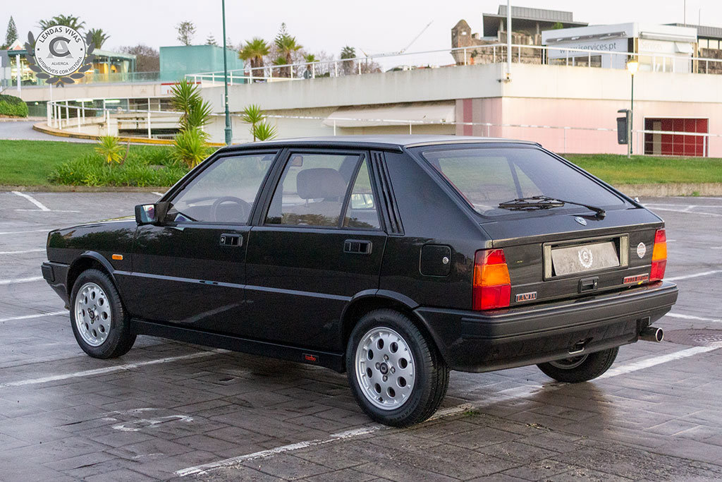 1987 Lancia Delta HF Turbo For Sale (picture 5 of 12)