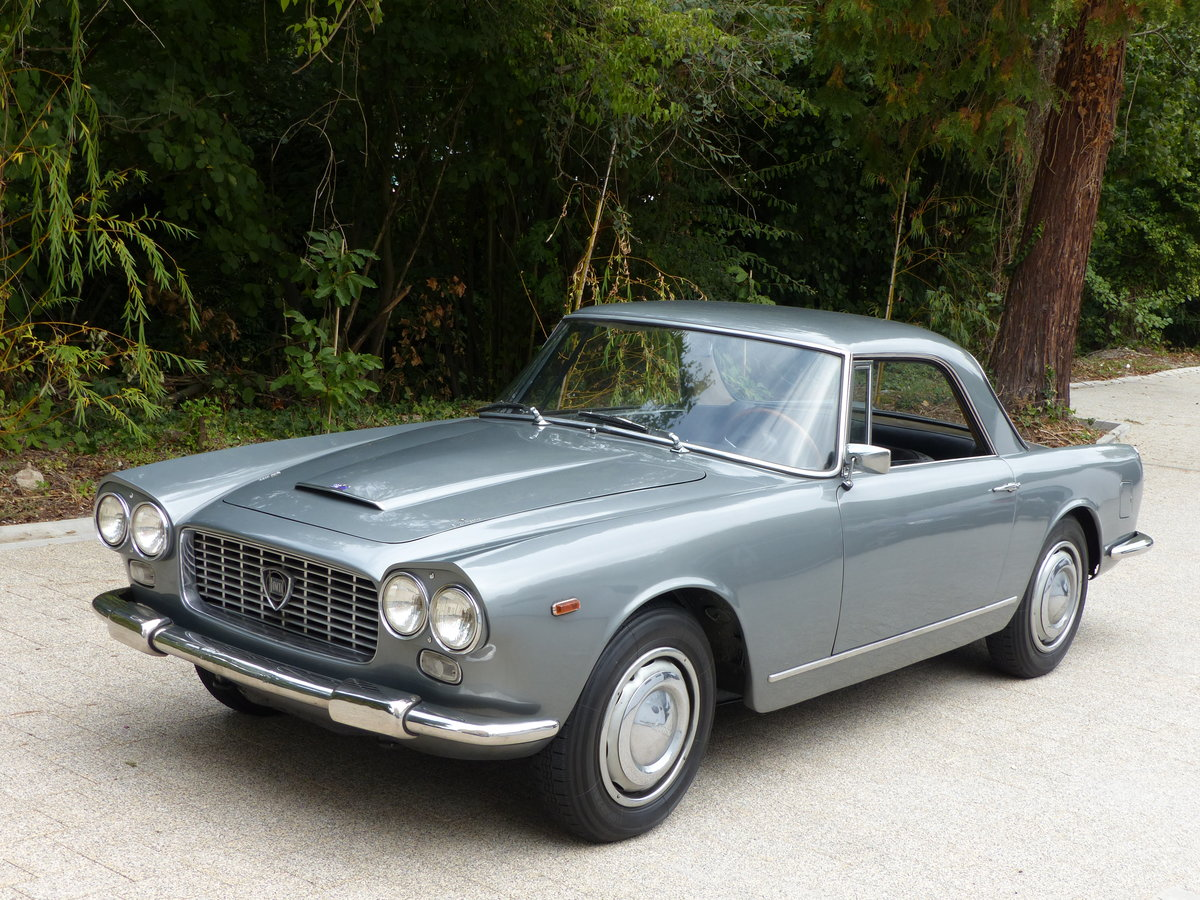 1967 La dolce vita:original and unwelded Flaminia GTL Touring 2.8 For Sale (picture 2 of 12)