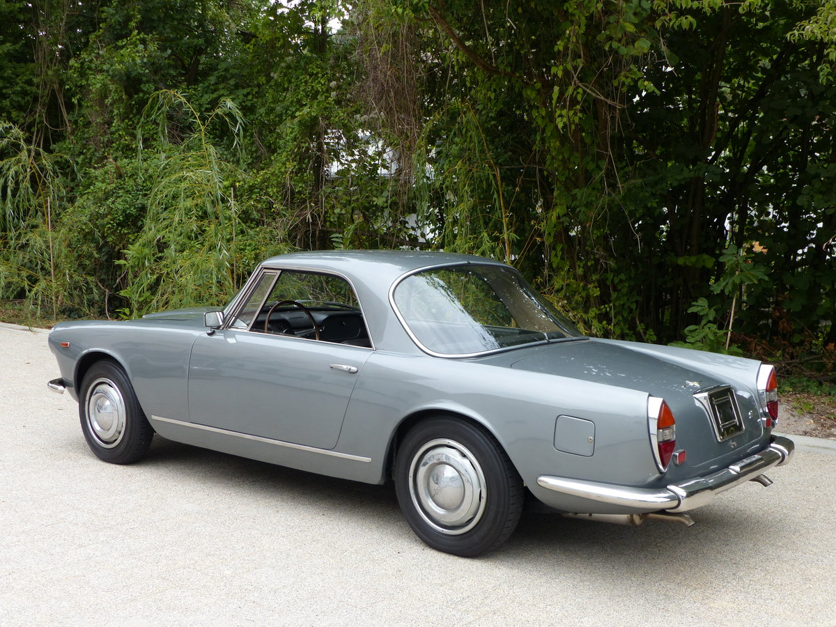 1967 La dolce vita:original and unwelded Flaminia GTL Touring 2.8 For Sale (picture 3 of 12)
