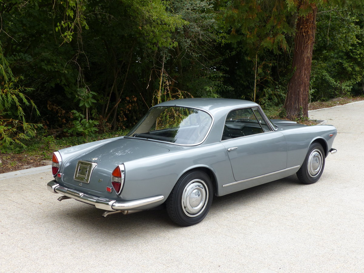 1967 La dolce vita:original and unwelded Flaminia GTL Touring 2.8 For Sale (picture 4 of 12)