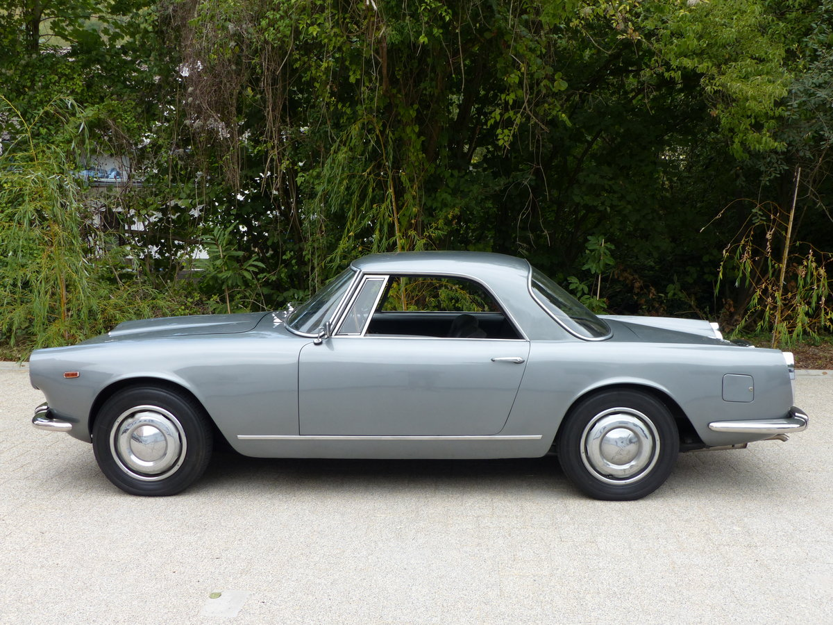 1967 La dolce vita:original and unwelded Flaminia GTL Touring 2.8 For Sale (picture 6 of 12)