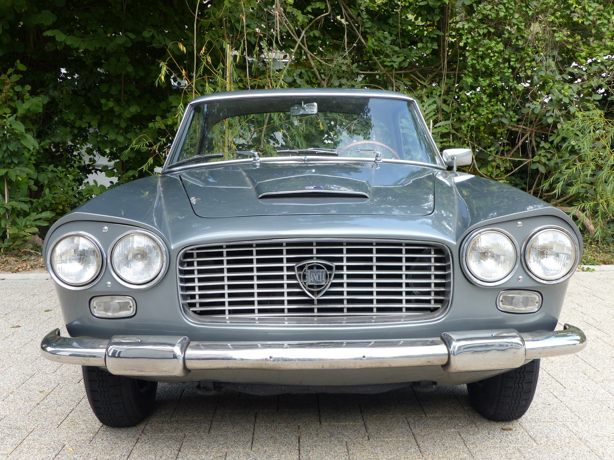 1967 La dolce vita:original and unwelded Flaminia GTL Touring 2.8 For Sale (picture 7 of 12)